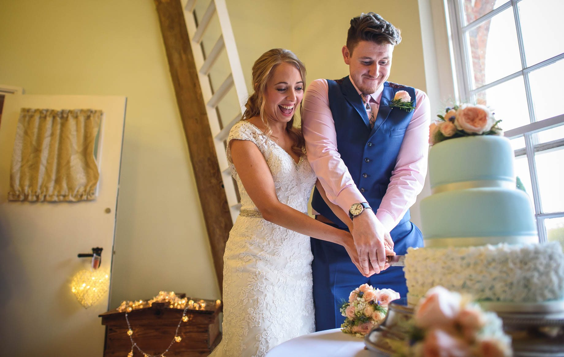 Hampshire wedding photography by Guy Collier - Emily and Tom (157 of 164)