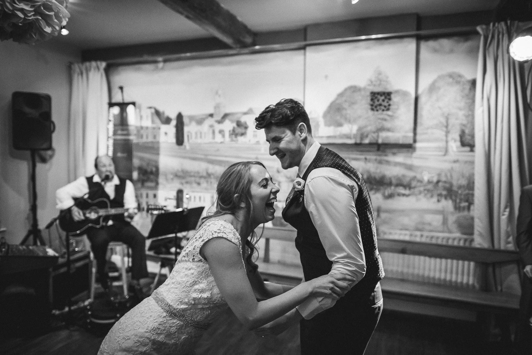 Hampshire wedding photography by Guy Collier - Emily and Tom (161 of 164)