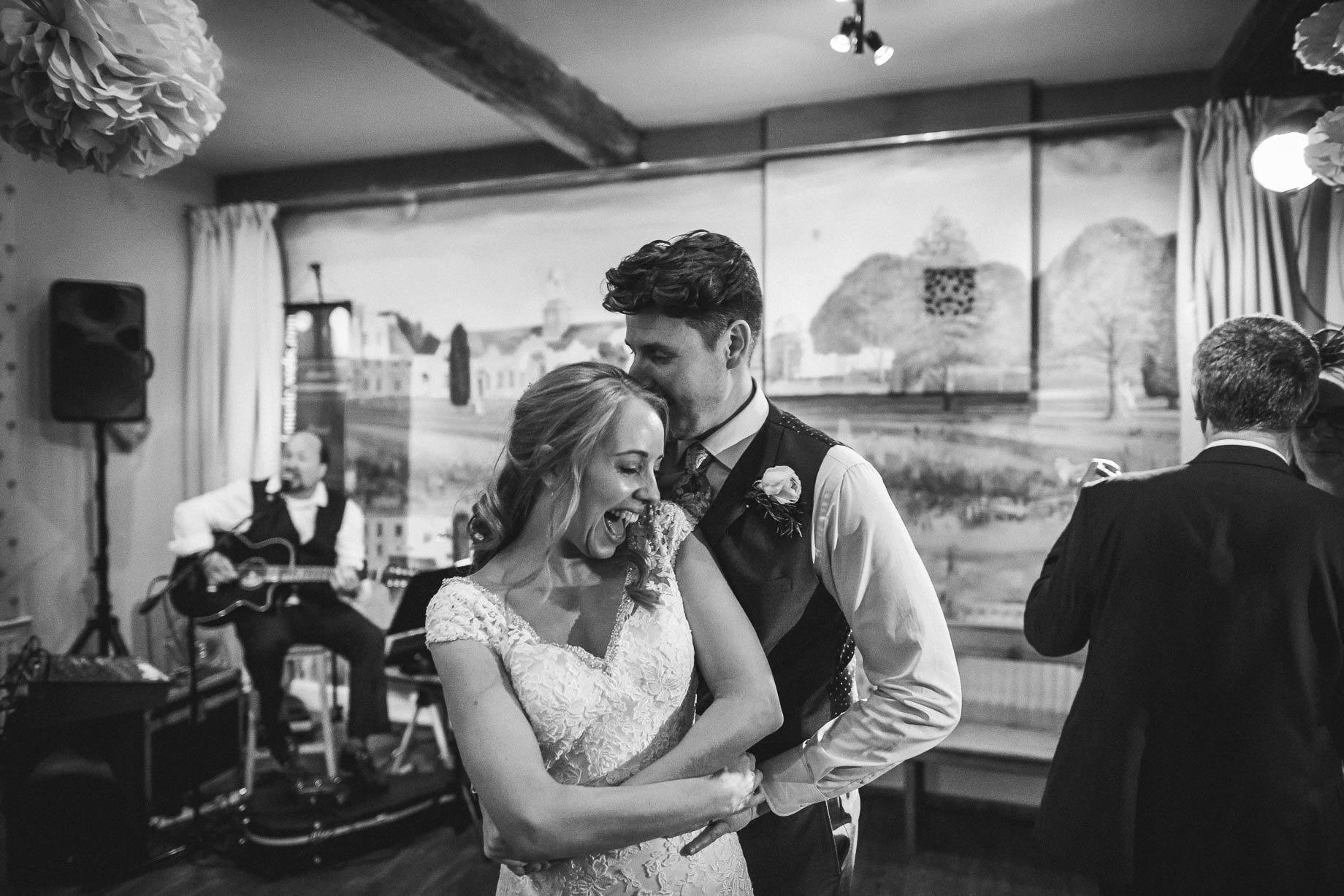 Hampshire wedding photography by Guy Collier - Emily and Tom (162 of 164)