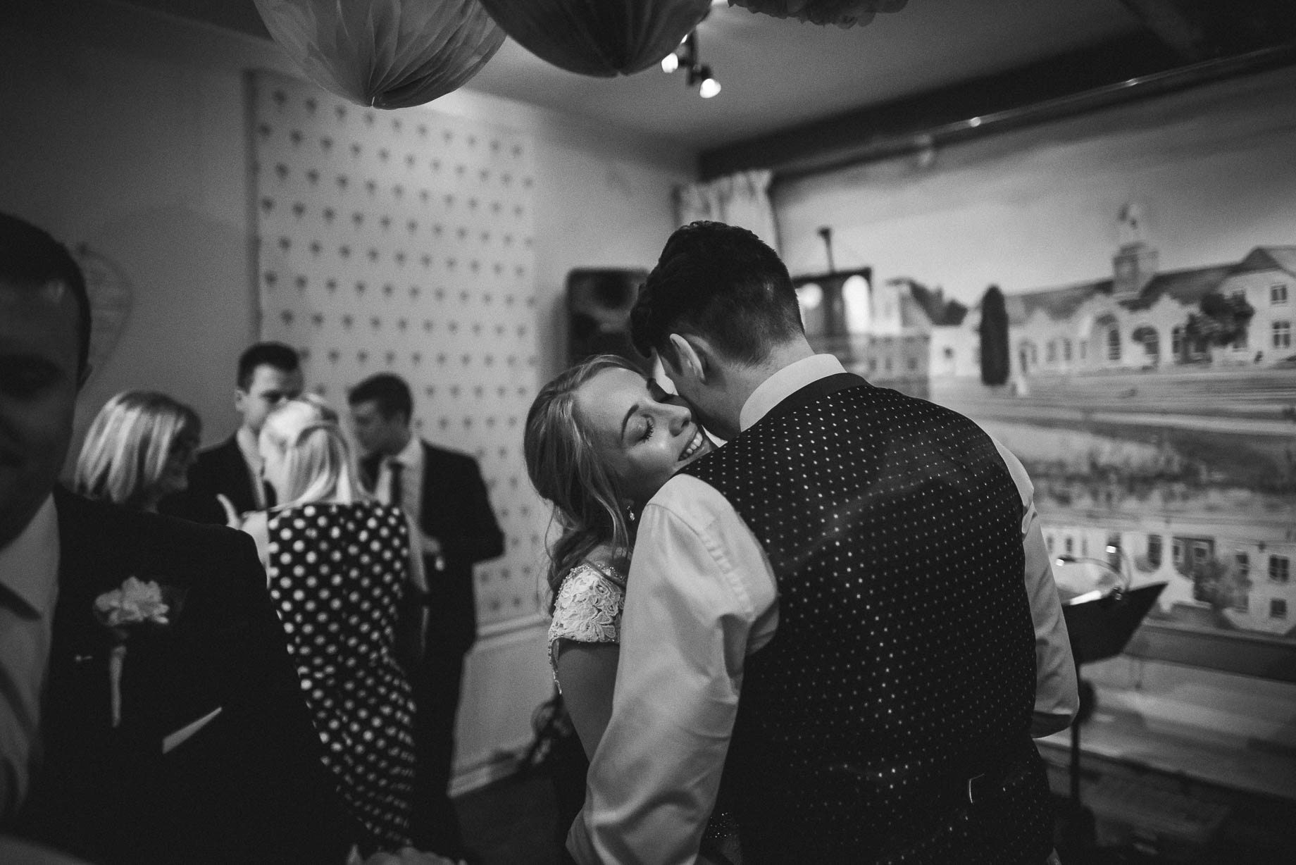 Hampshire wedding photography by Guy Collier - Emily and Tom (164 of 164)