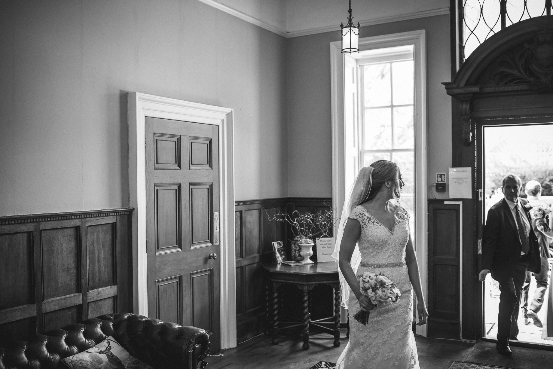 Hampshire wedding photography by Guy Collier - Emily and Tom (51 of 164)