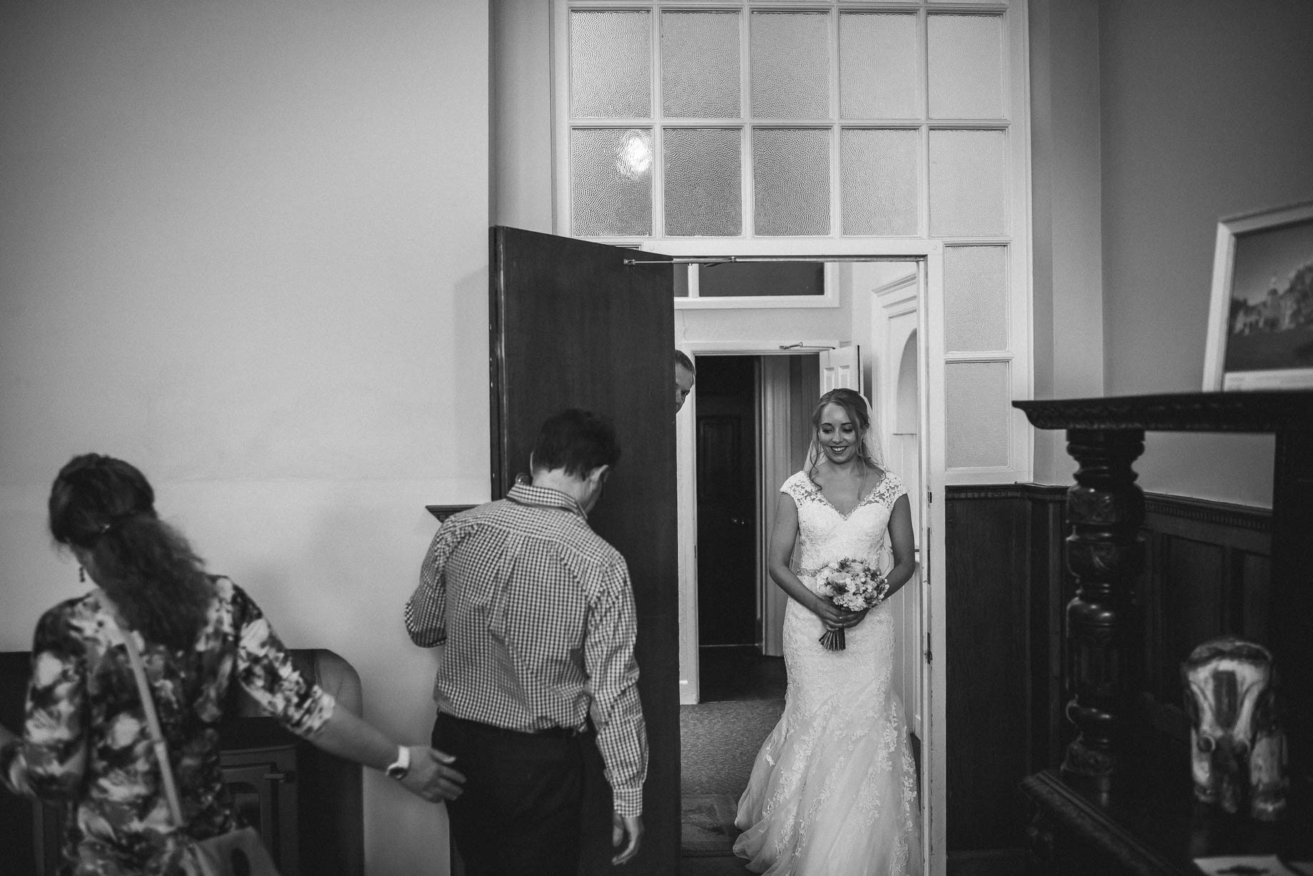 Hampshire wedding photography by Guy Collier - Emily and Tom (55 of 164)