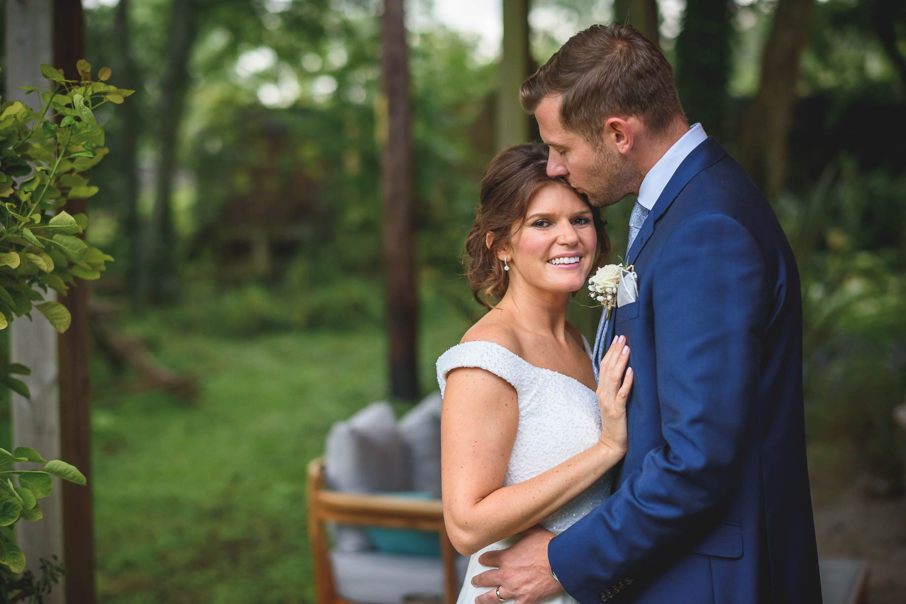 Hampshire-wedding-photography-in-Romsey-Guy-Collier-Photography-Daisy-and-Jools-182-of-204
