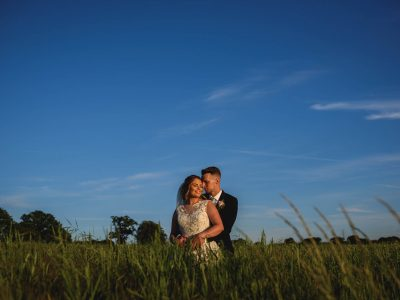 Hatherden Farm wedding photography - Hannah and Tommy