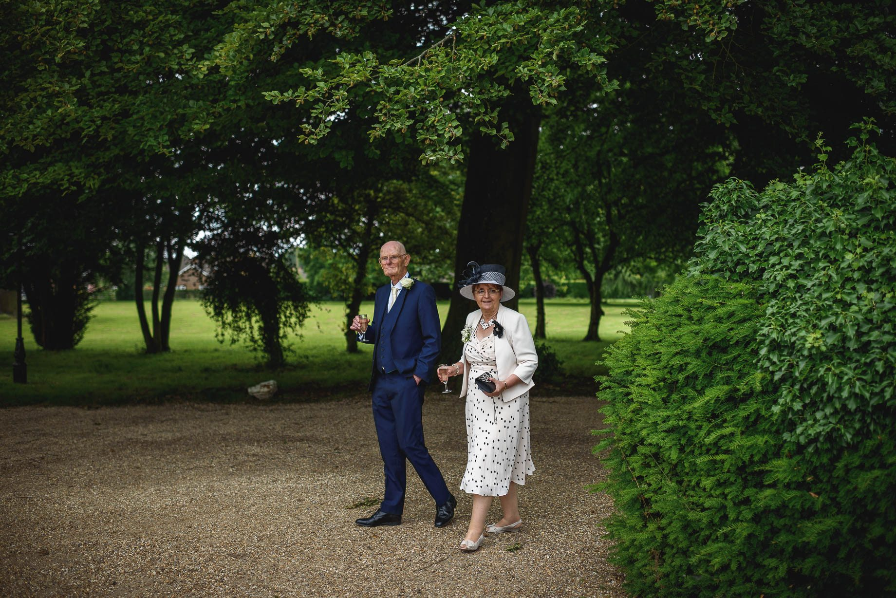 Hertfordshire wedding photography - Sarah and Stephen by Guy Collier Photography (93 of 161)