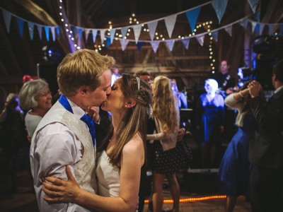 Gildings Barn - Kate + Matt