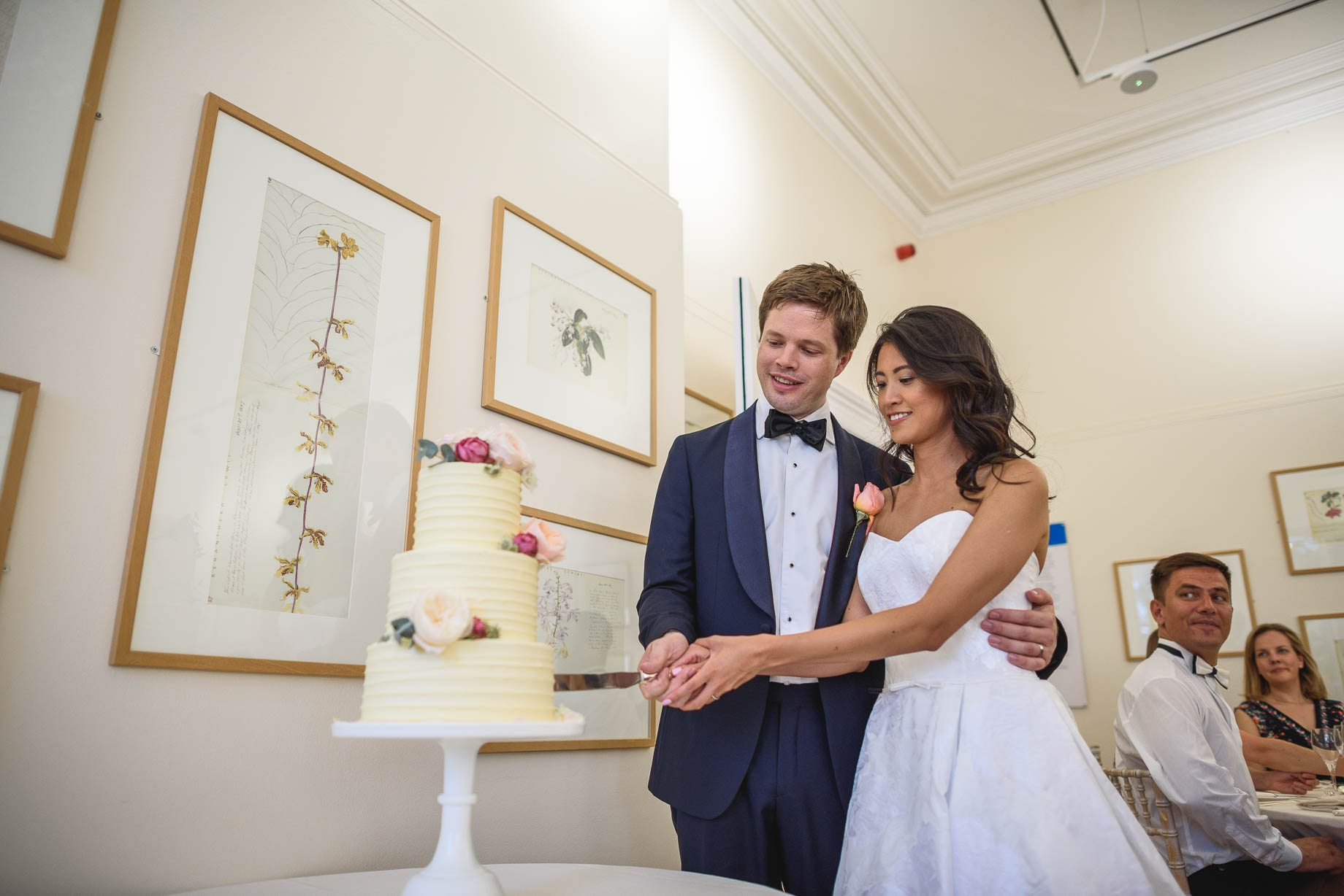 Kew Gardens wedding photography - Guy Collier Photography - Gloria and Frederik (109 of 173)