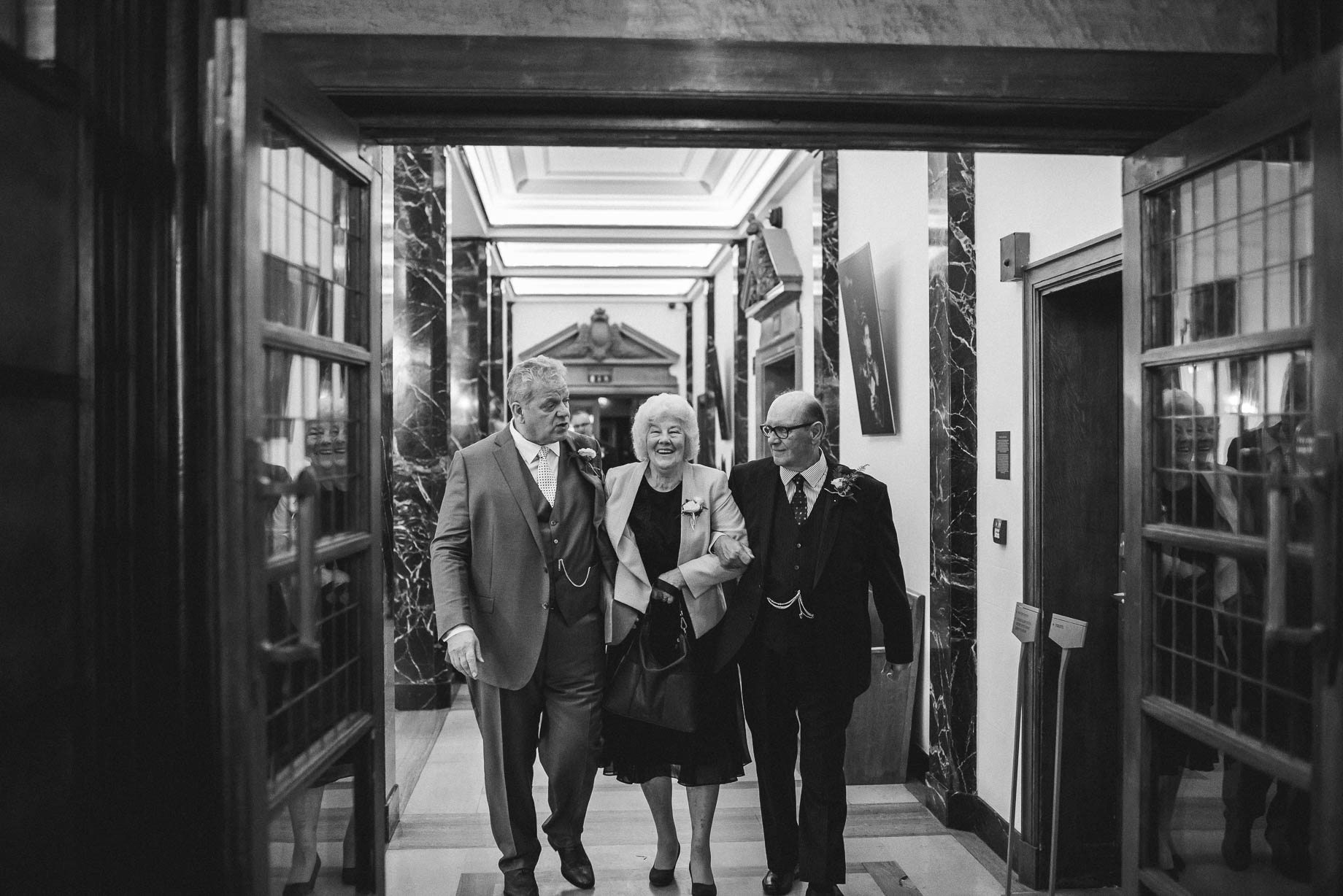 London Wedding Photography - Guy Collier Photography - LJ + Russell (100 of 155)