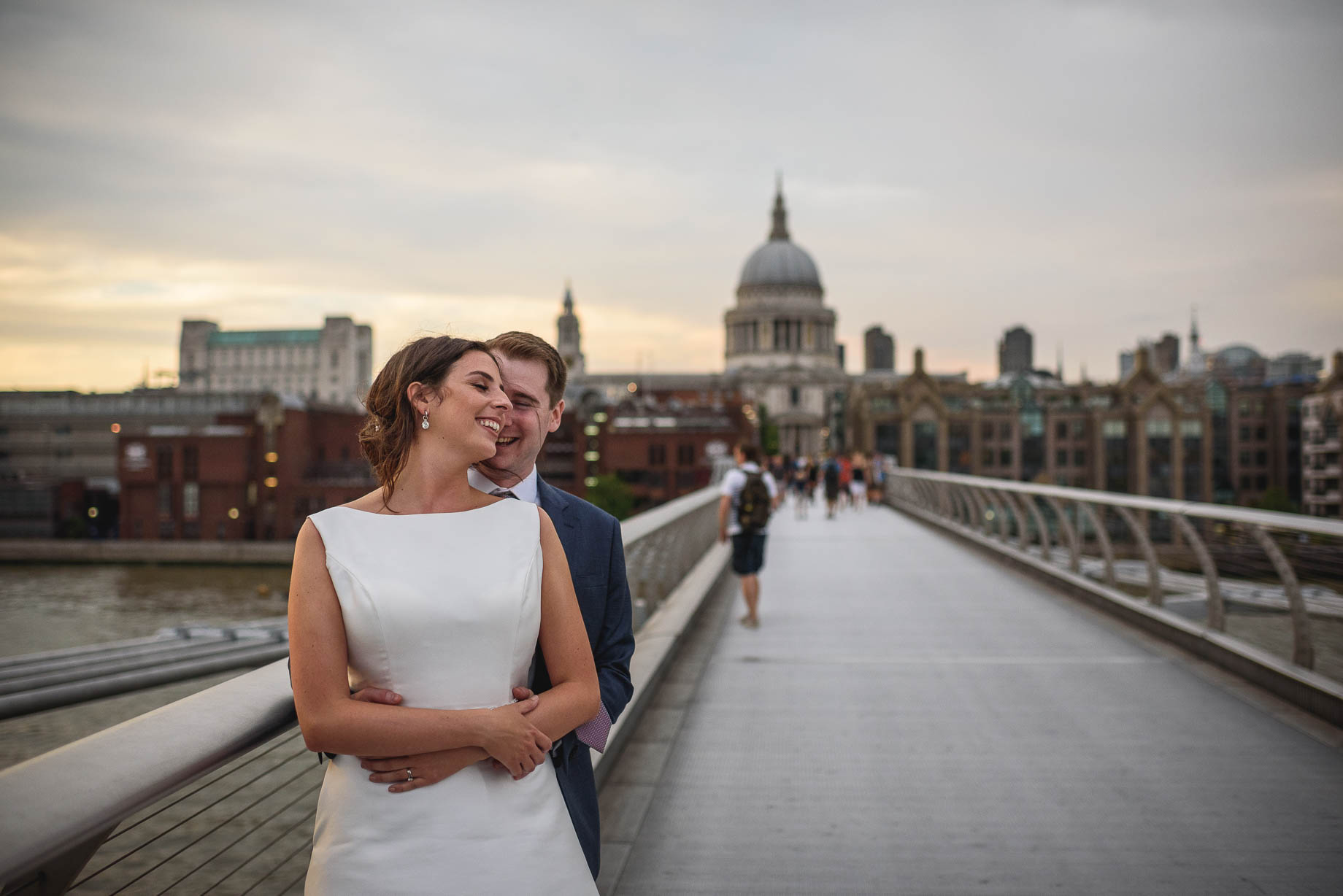 London wedding photography at The Globe - Conac + Conor