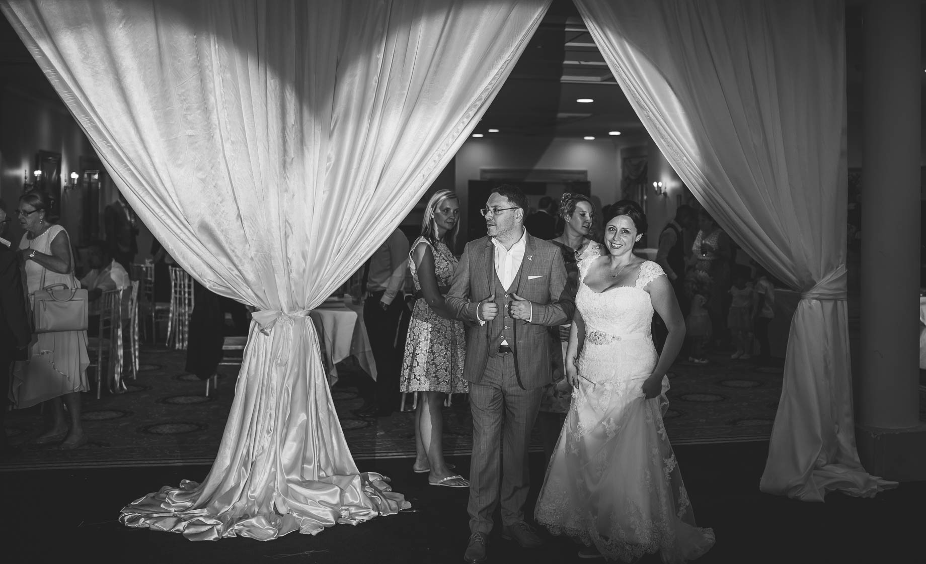 Luton Hoo wedding photography by Guy Collier Photography - Lauren and Gem (168 of 178)