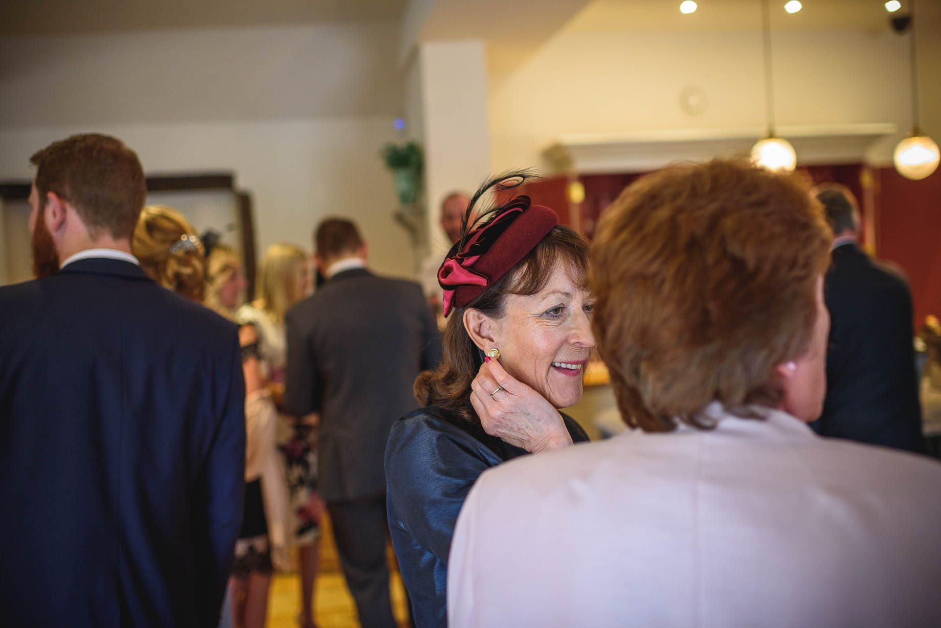 Millbridge Court Wedding Photography - Lisa and Daniel (110 of 173)