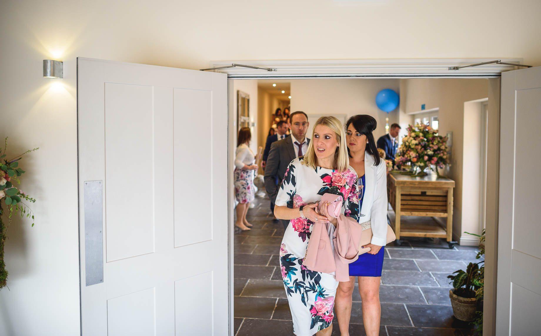Millbridge Court Wedding Photography - Lisa and Daniel (113 of 173)