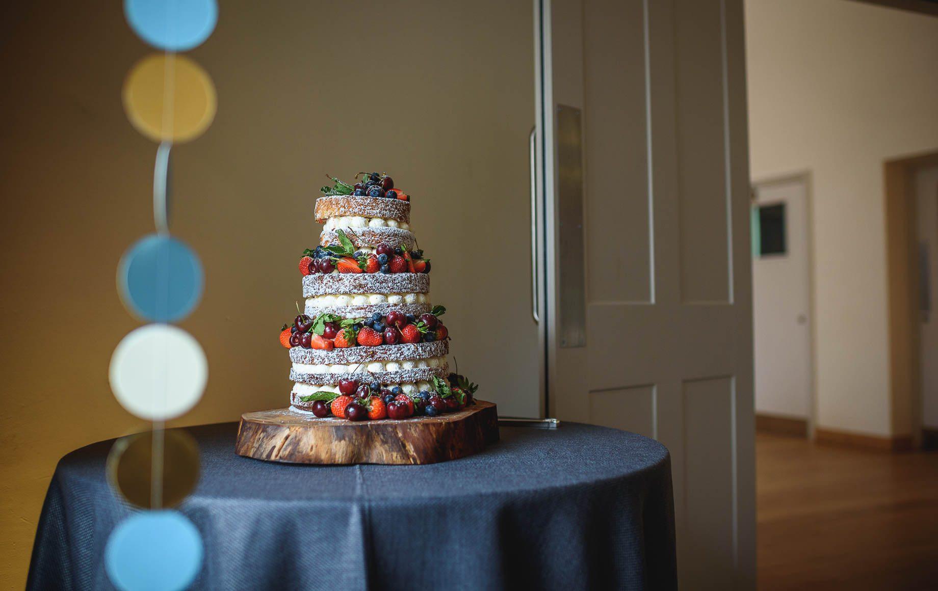 Millbridge Court Wedding Photography - Lisa and Daniel (21 of 173)