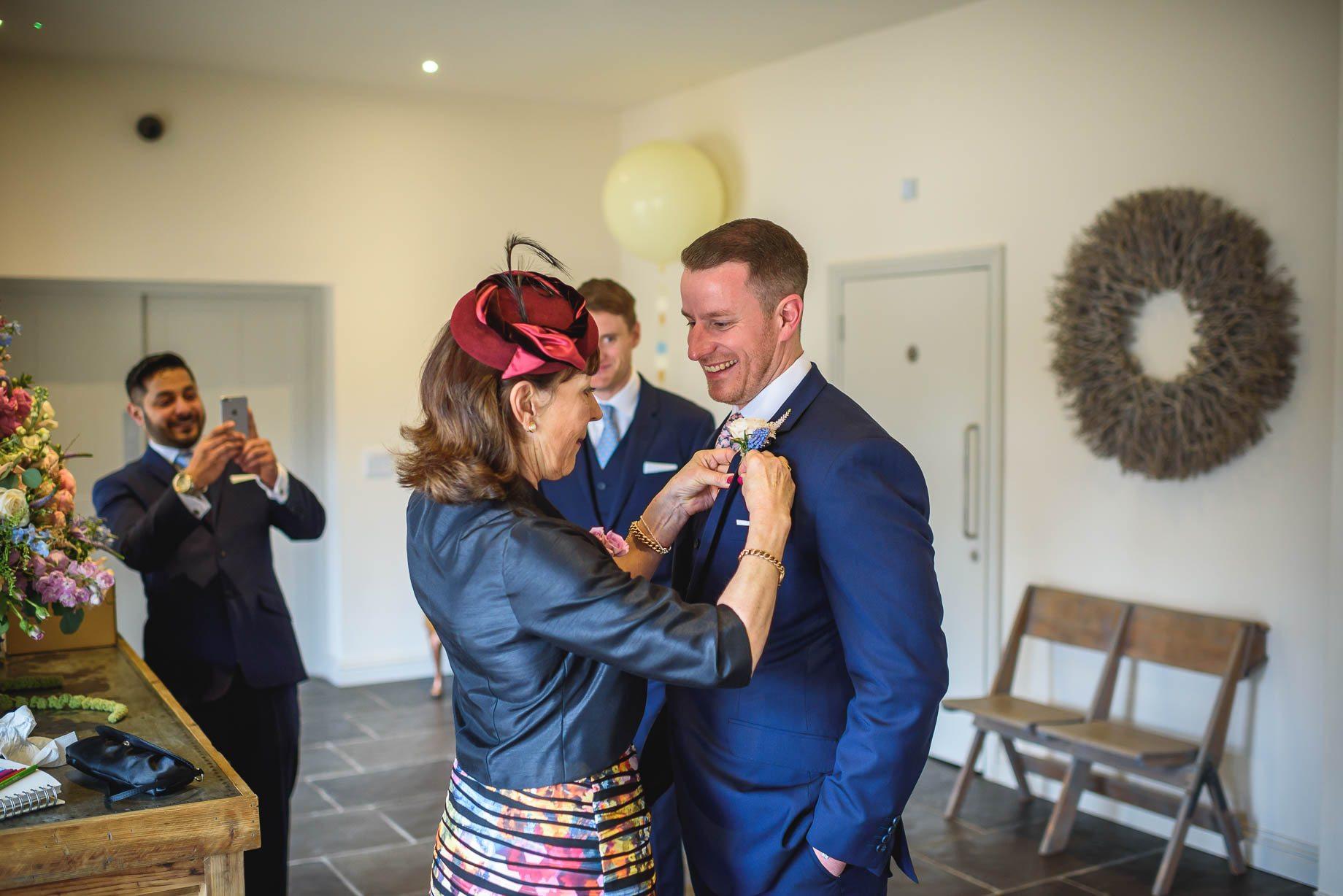 Millbridge Court Wedding Photography - Lisa and Daniel (39 of 173)