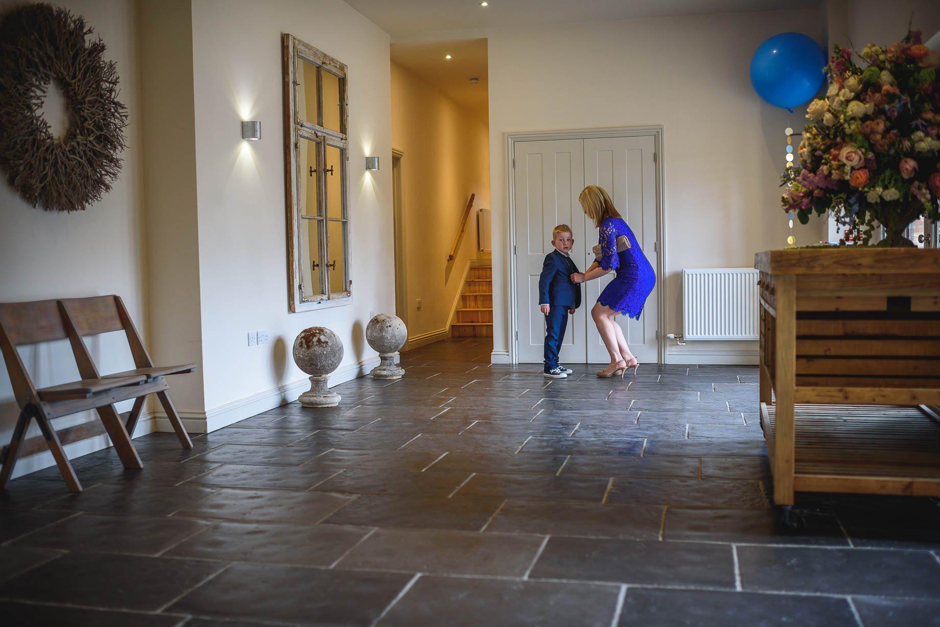 Millbridge Court Wedding Photography - Lisa and Daniel (49 of 173)