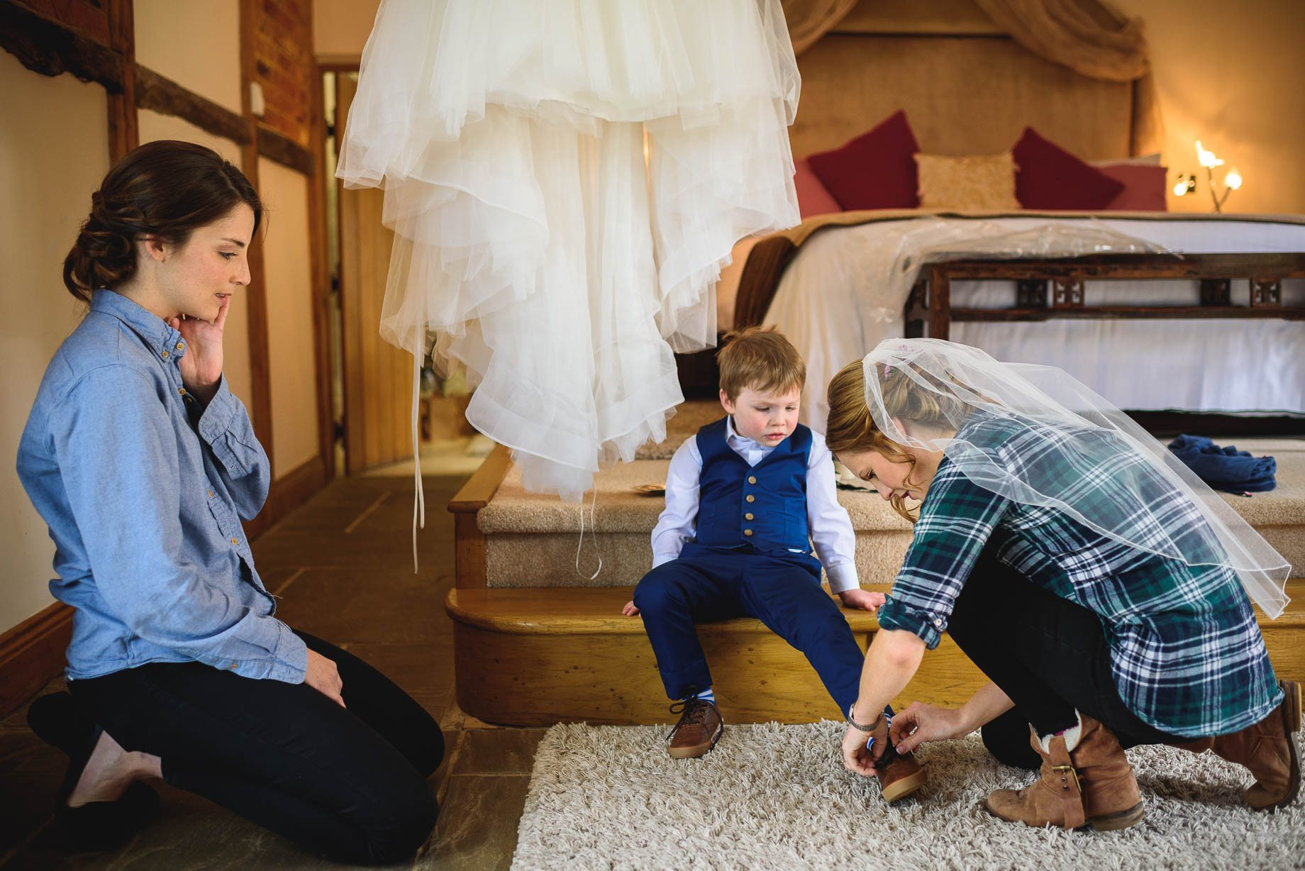 Rivervale Barn wedding photography by Guy Collier - Claire and Simon (22 of 133)