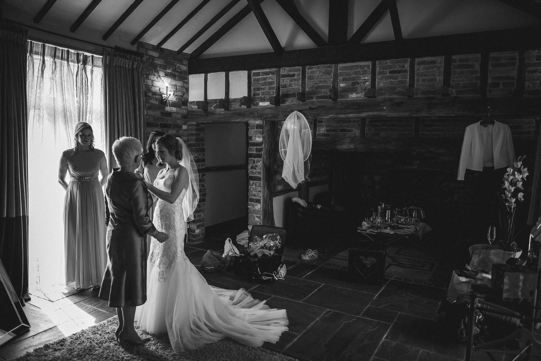 Rivervale Barn wedding photography by Guy Collier - Claire and Simon (40 of 133)