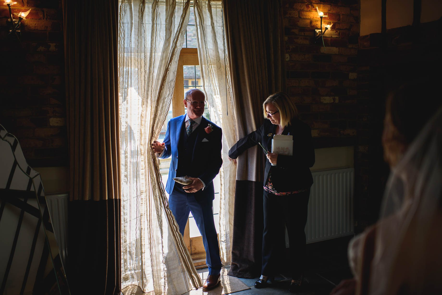 Rivervale Barn wedding photography by Guy Collier - Claire and Simon (44 of 133)