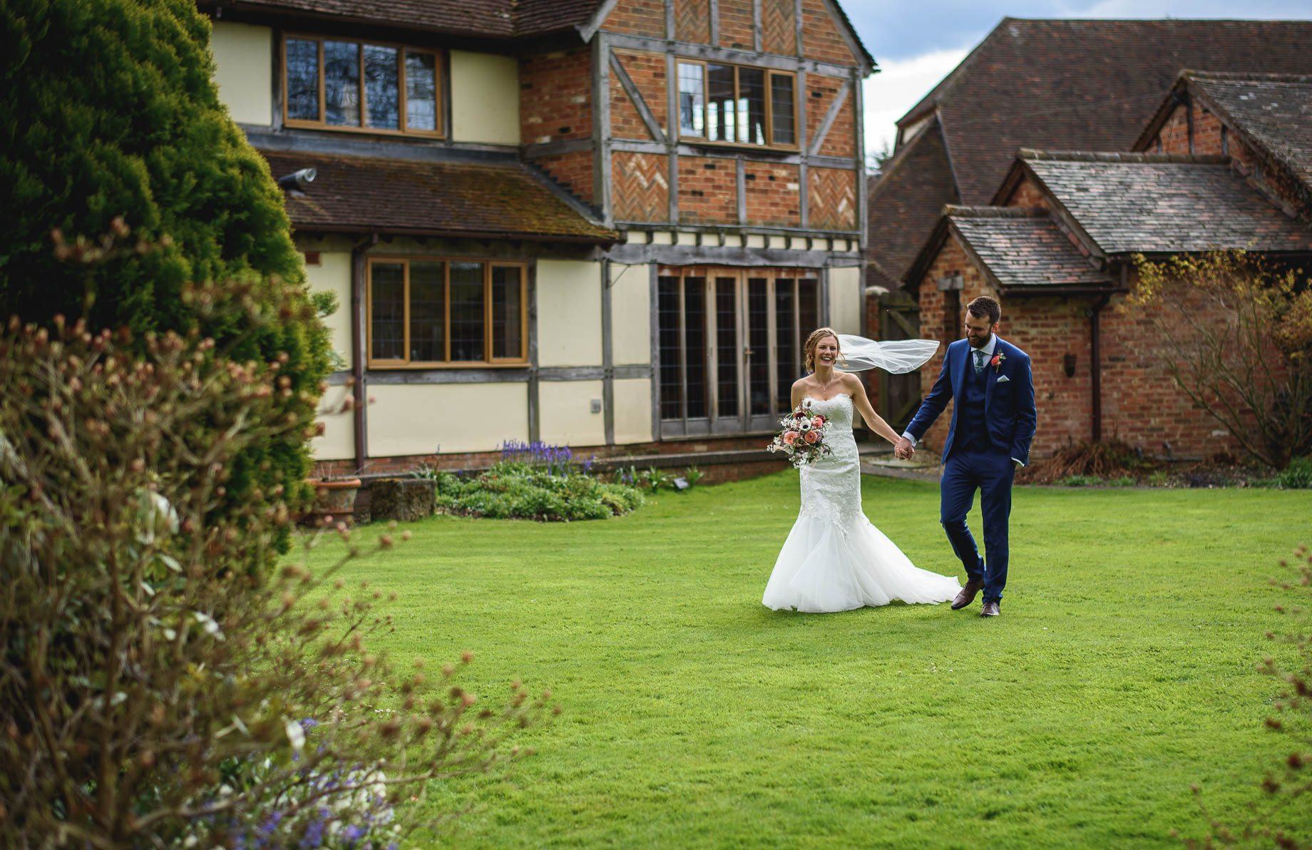 Rivervale Barn wedding photography by Guy Collier - Claire and Simon (88 of 133)