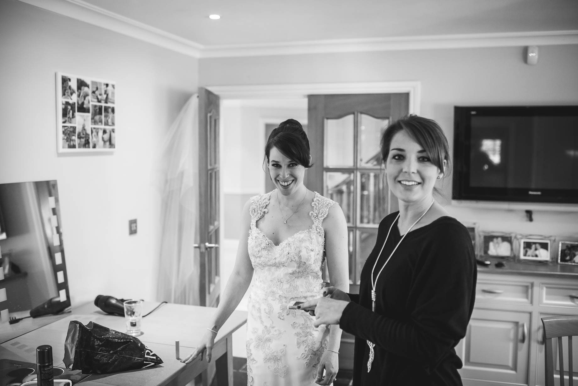 Surrey Wedding Photography - Emily and Pete by Guy Collier Photography (33 of 171)