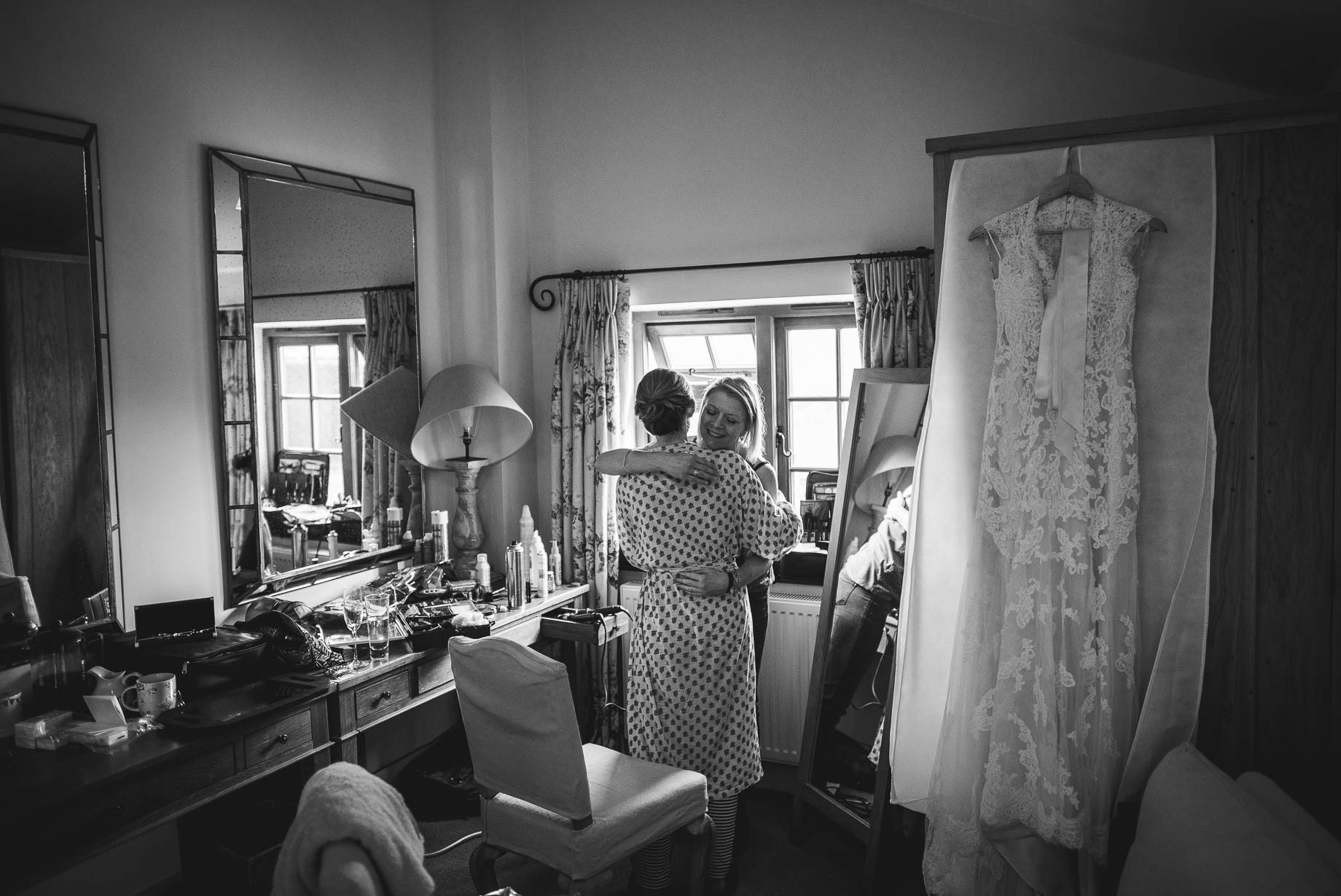 Surrey Wedding Photography by Guy Collier - Becca and James (12 of 145)