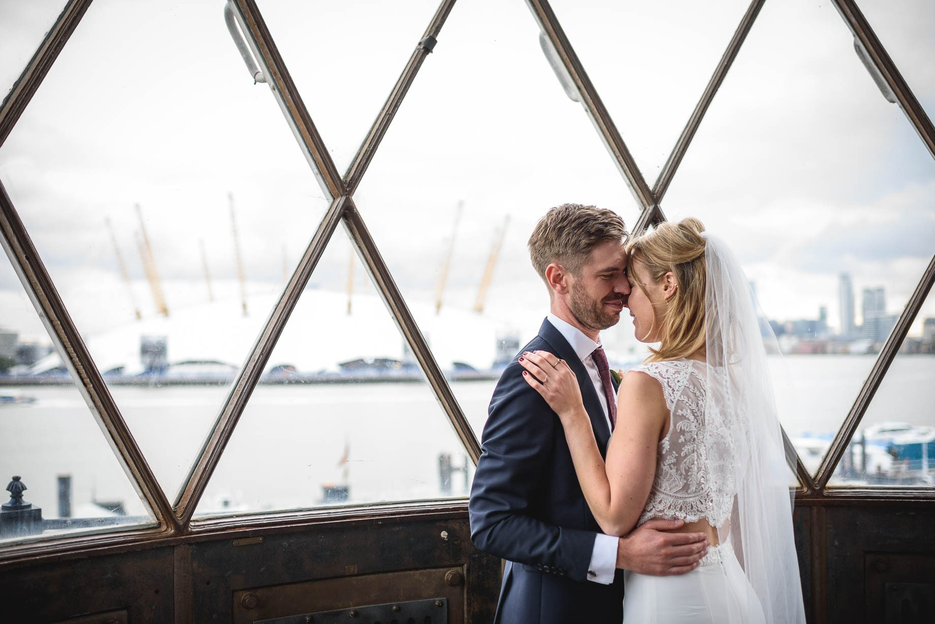 trinity-buoy-wharf-wedding-photography-guy-collier-photography-katie-and-james-130-of-213