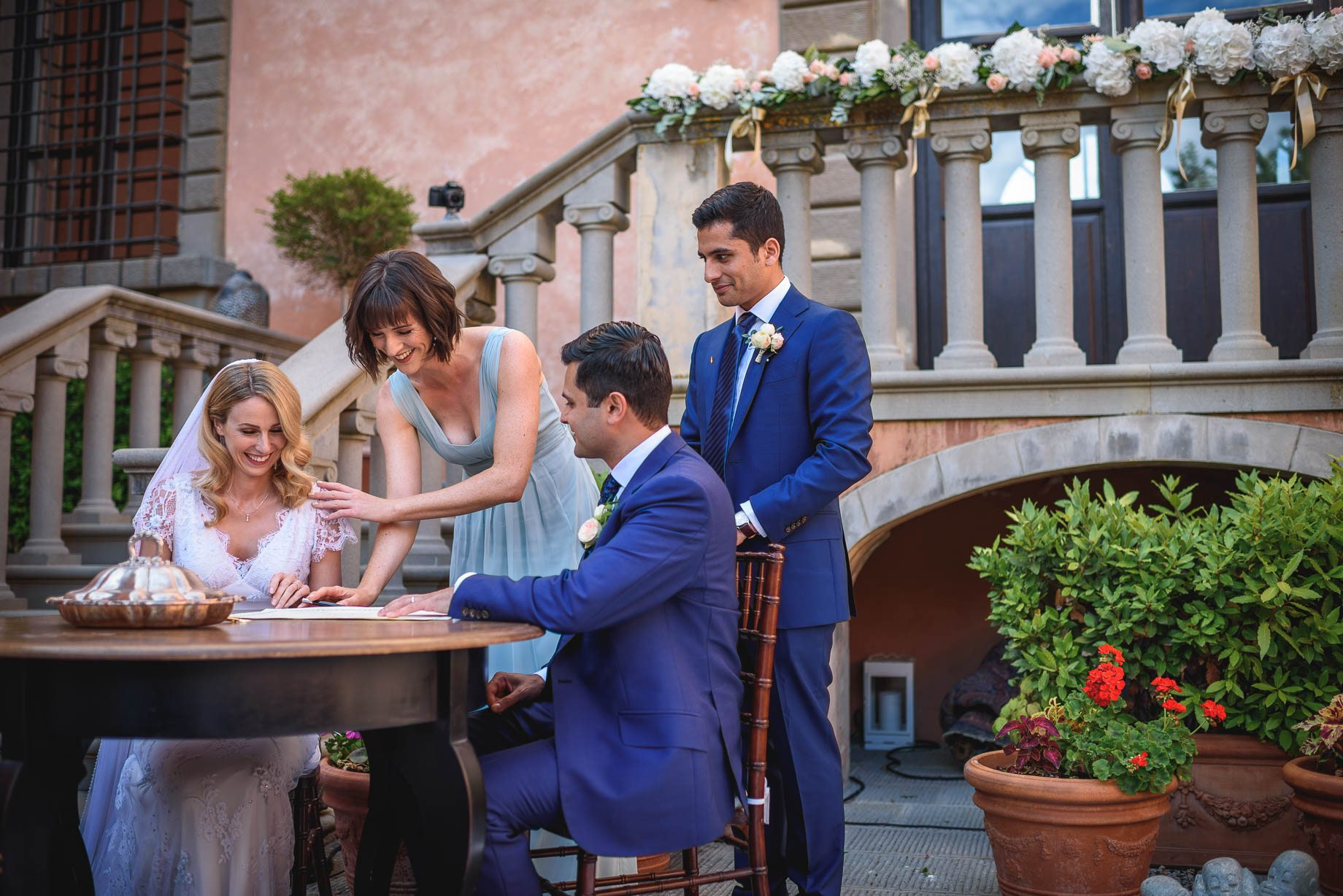 Tuscany wedding photography - Roisin and Moubin - Guy Collier Photography (111 of 251)