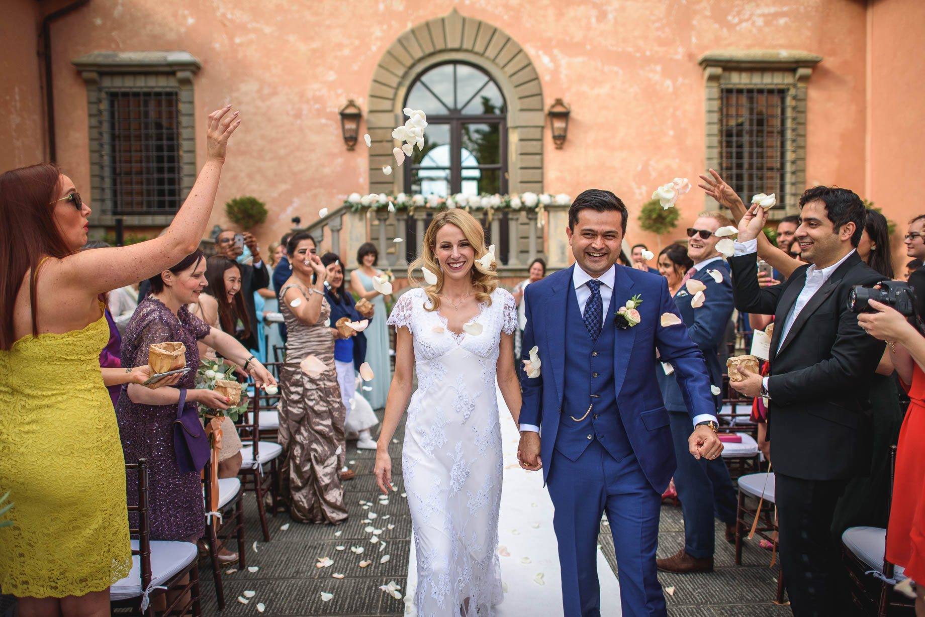 Tuscany wedding photography - Roisin and Moubin - Guy Collier Photography (114 of 251)