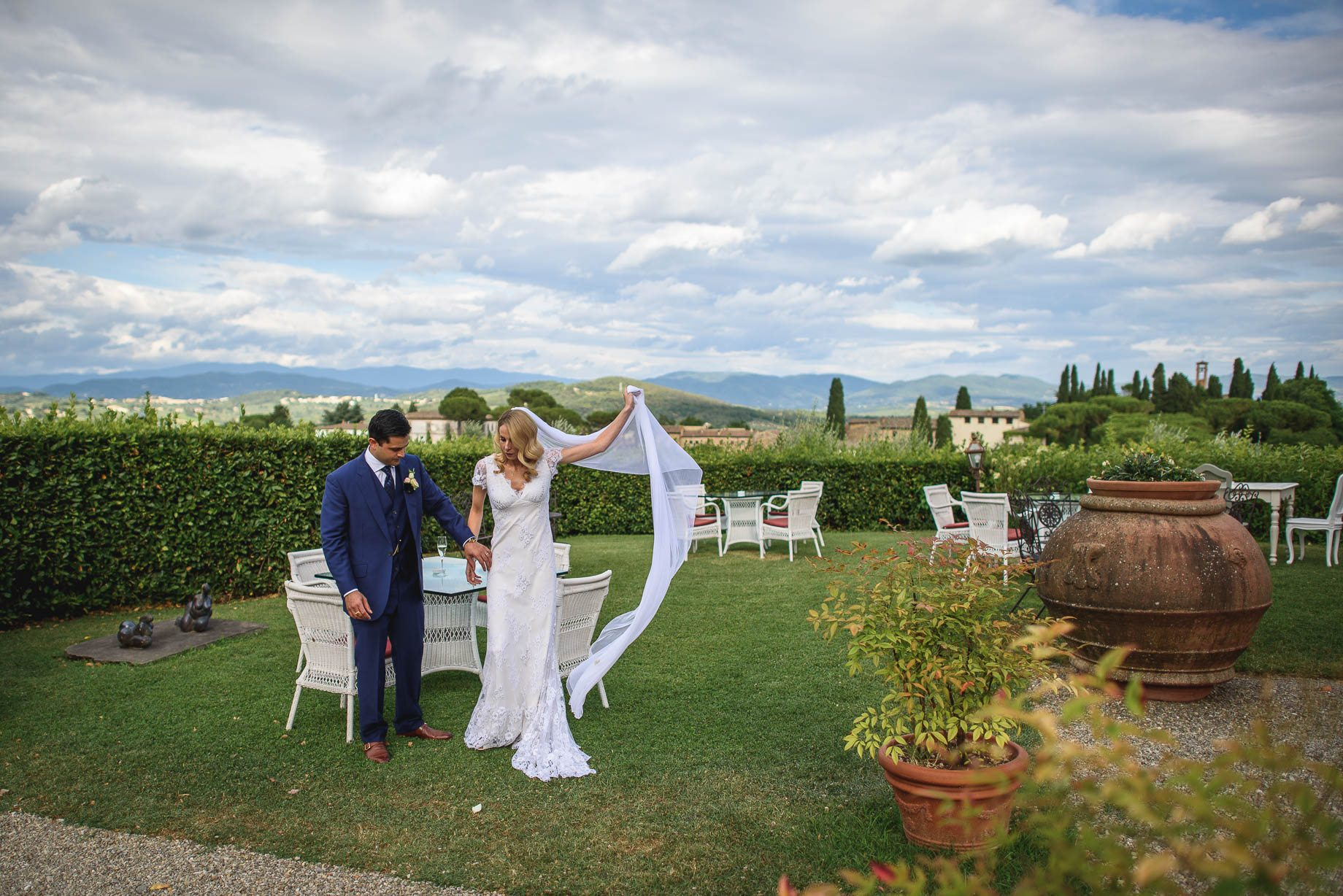 Tuscany wedding photography - Roisin and Moubin - Guy Collier Photography (116 of 251)