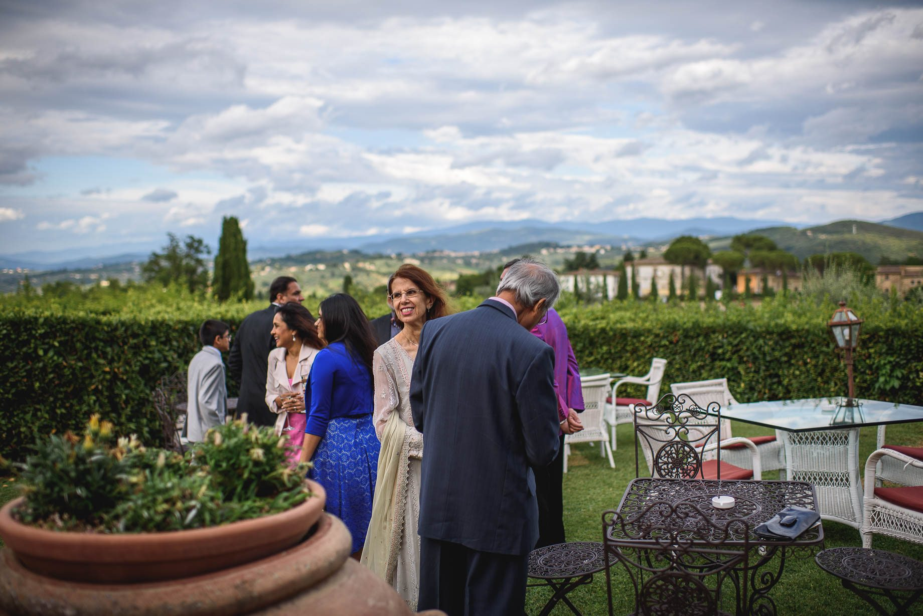 Tuscany wedding photography - Roisin and Moubin - Guy Collier Photography (130 of 251)