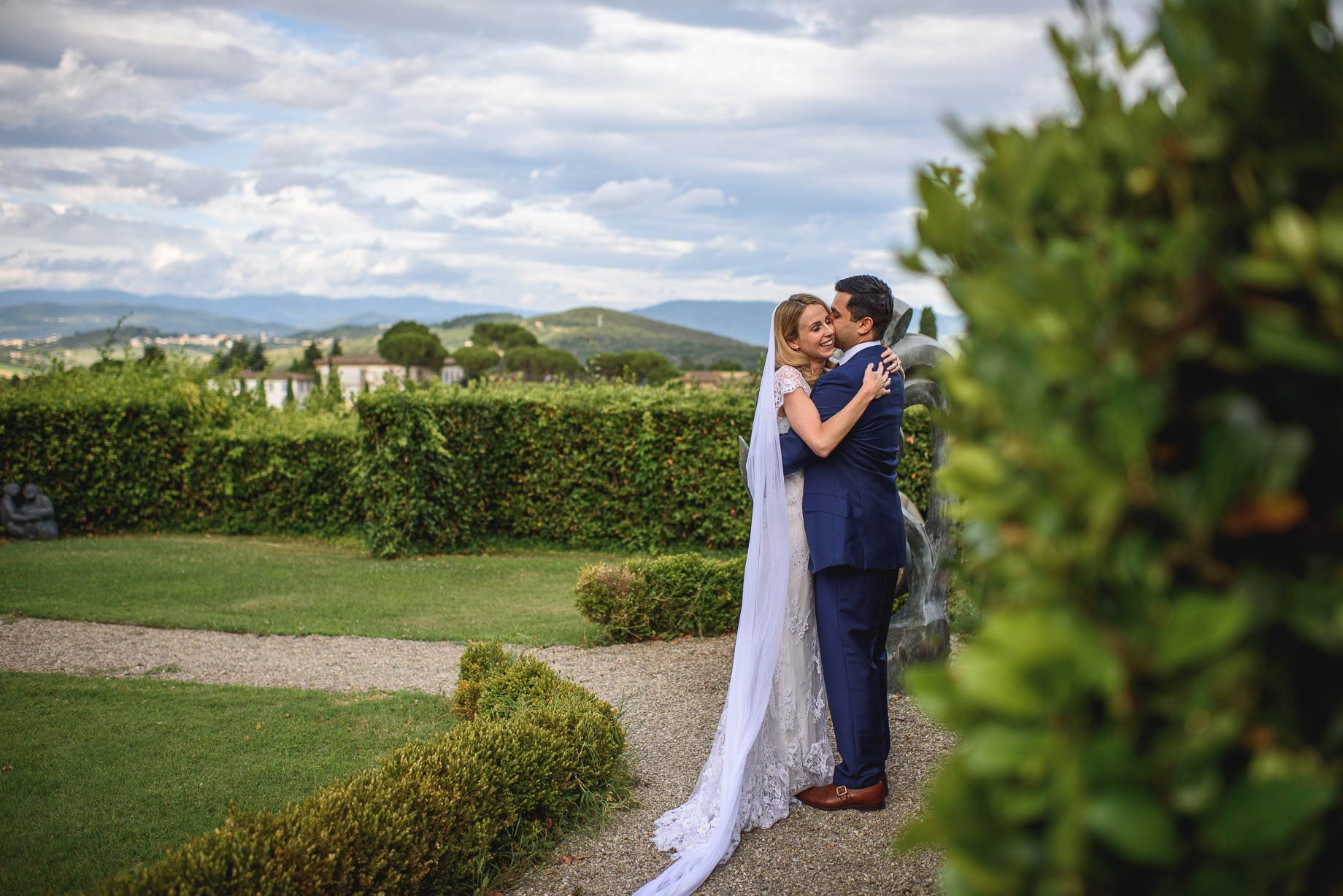 Tuscany wedding photography - Roisin and Moubin - Guy Collier Photography (136 of 251)