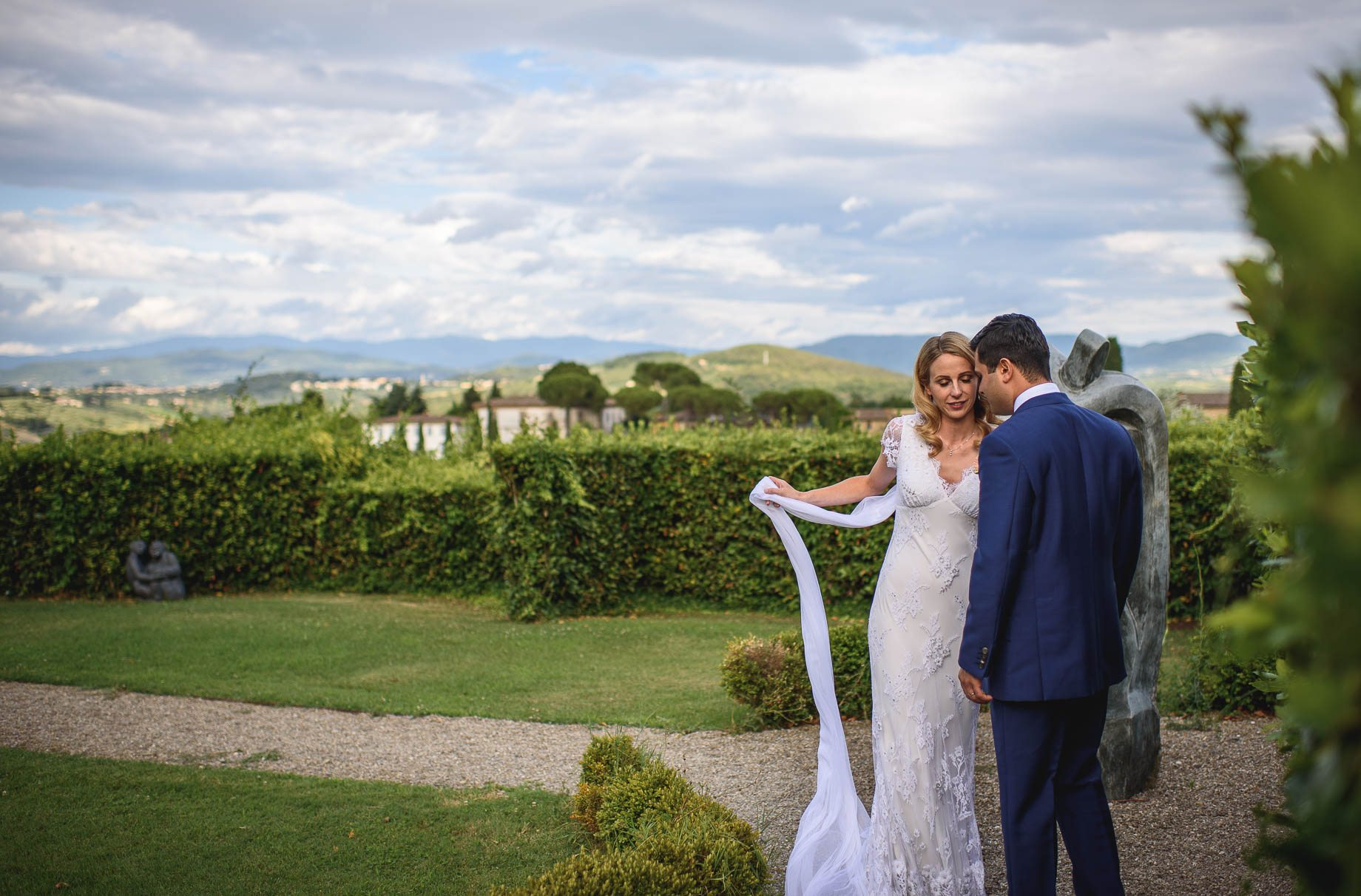 Tuscany wedding photography - Roisin and Moubin - Guy Collier Photography (137 of 251)