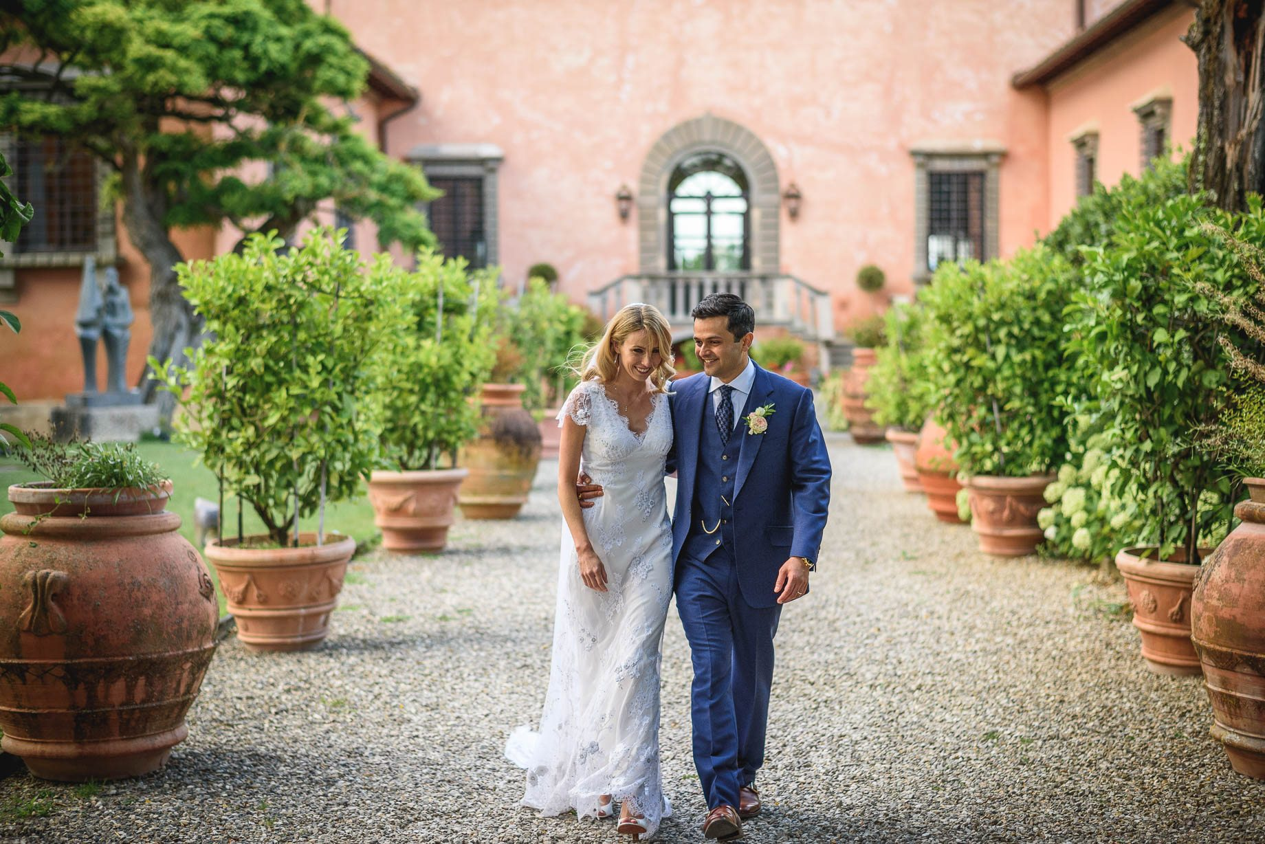 Tuscany wedding photography - Roisin and Moubin - Guy Collier Photography (141 of 251)