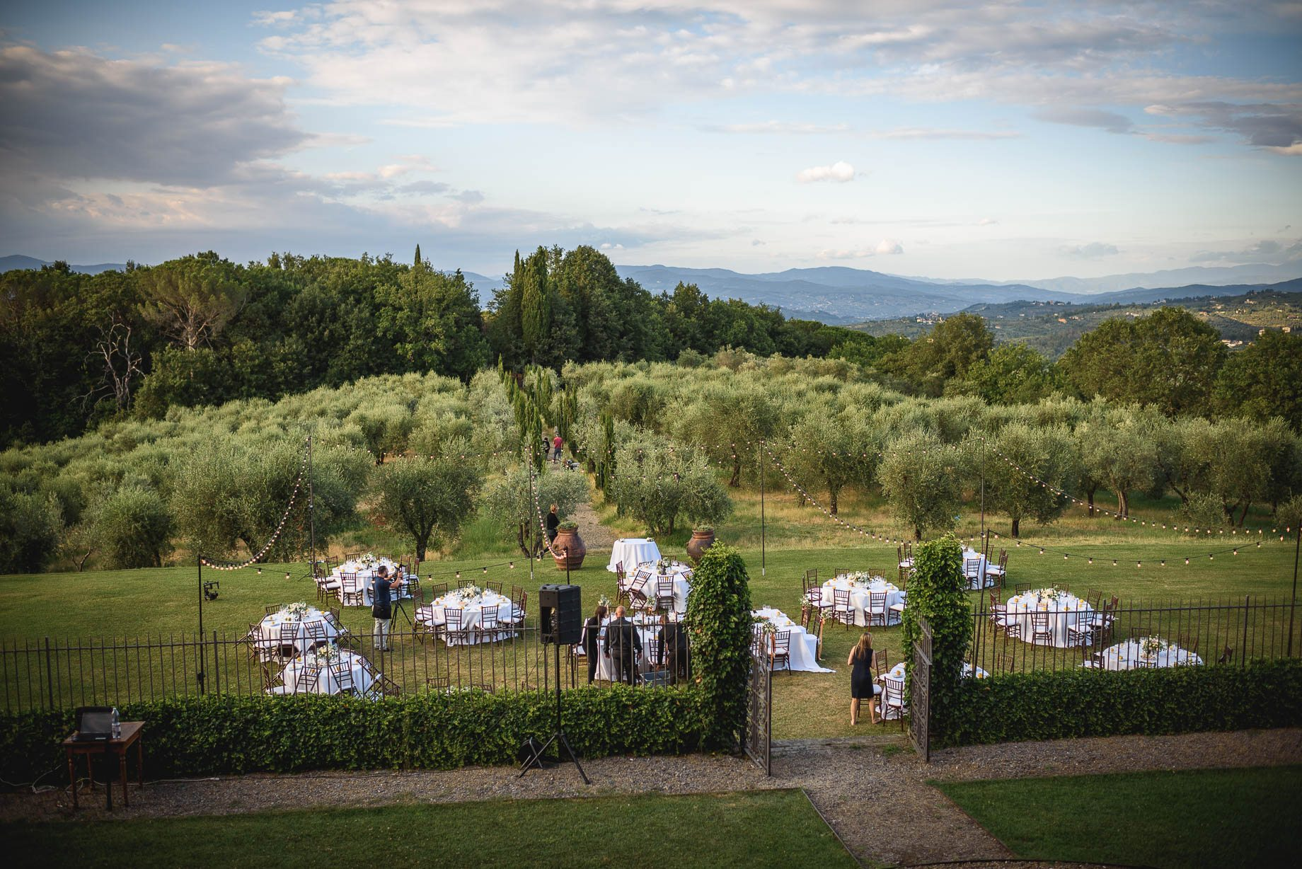 Tuscany wedding photography - Roisin and Moubin - Guy Collier Photography (152 of 251)