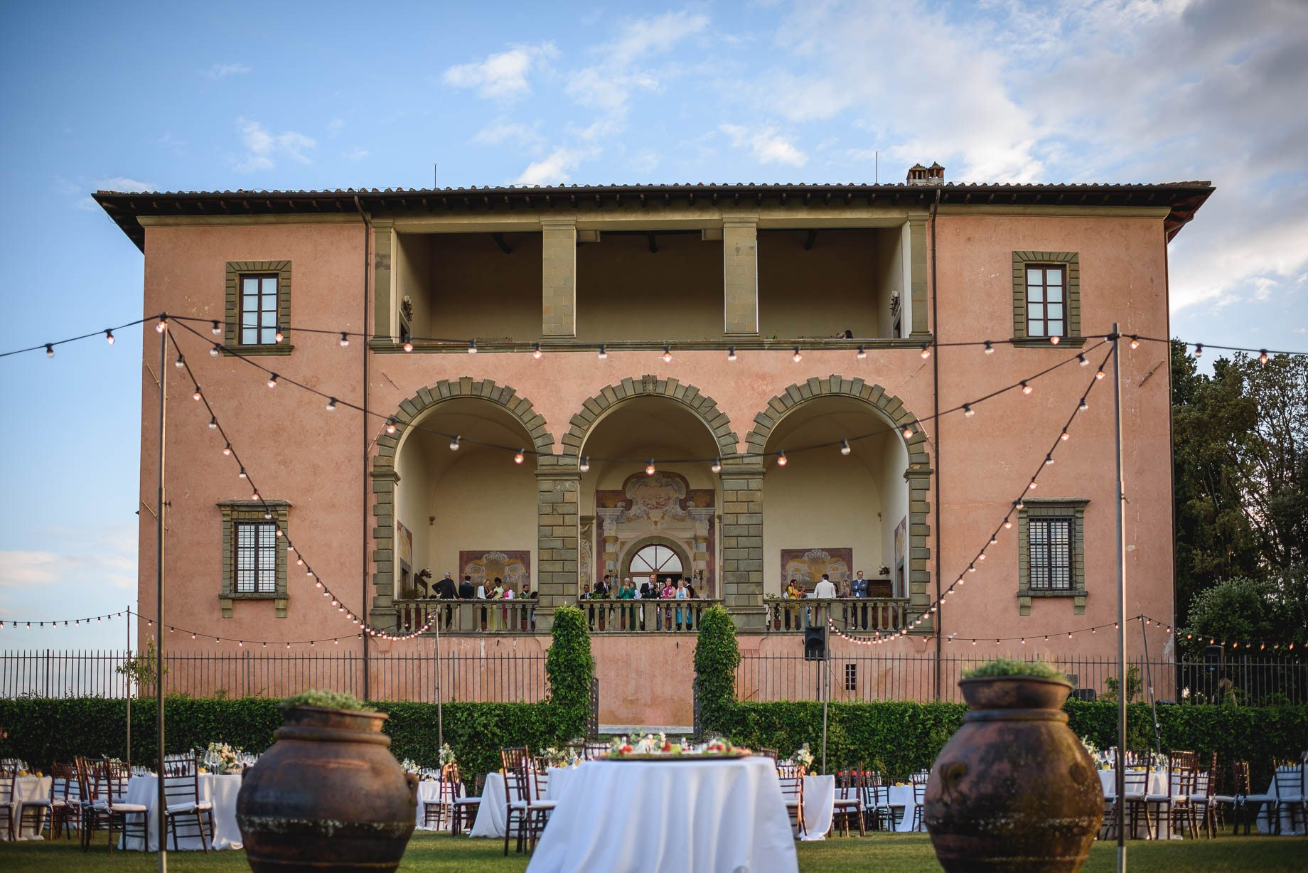 Tuscany wedding photography - Roisin and Moubin - Guy Collier Photography (159 of 251)