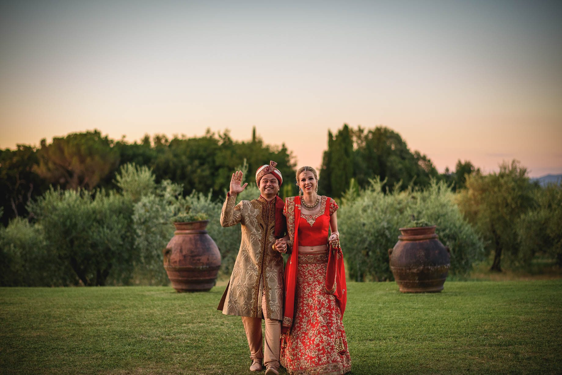 Tuscany wedding photography - Roisin and Moubin - Guy Collier Photography (167 of 194)