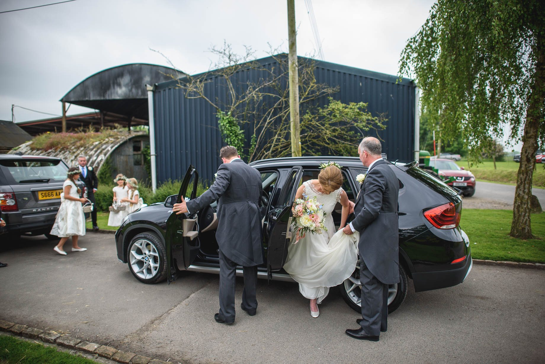 Wiltshire wedding photography by Guy Collier - Lucie and Matt (44 of 198)