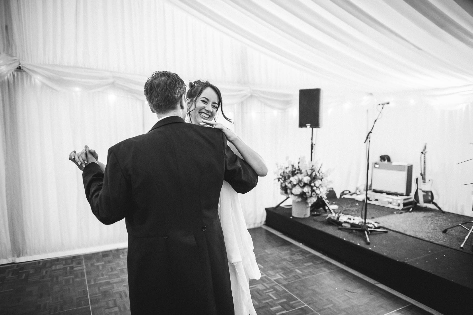 Windsor wedding photography - Guy Collier Photography - Libby and Alex (176 of 189)