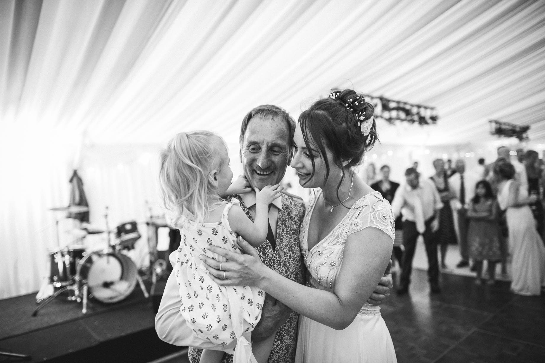 Windsor wedding photography - Guy Collier Photography - Libby and Alex (186 of 189)